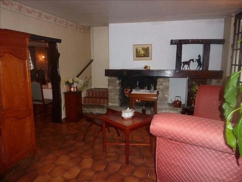 Sale house / villa Betz 315000€ - Picture 2