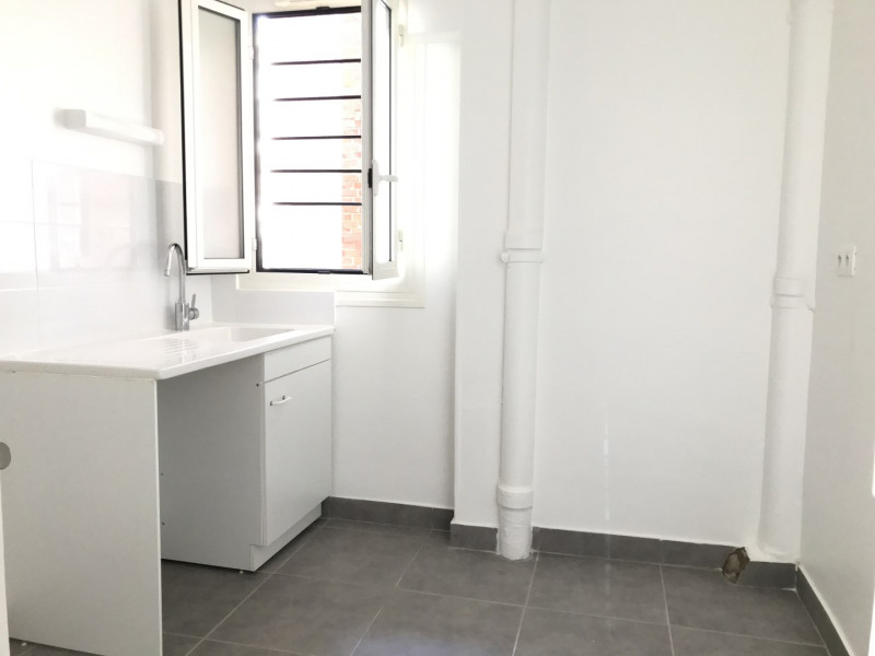 Location appartement Paris 17ème 2 697€ CC - Photo 5