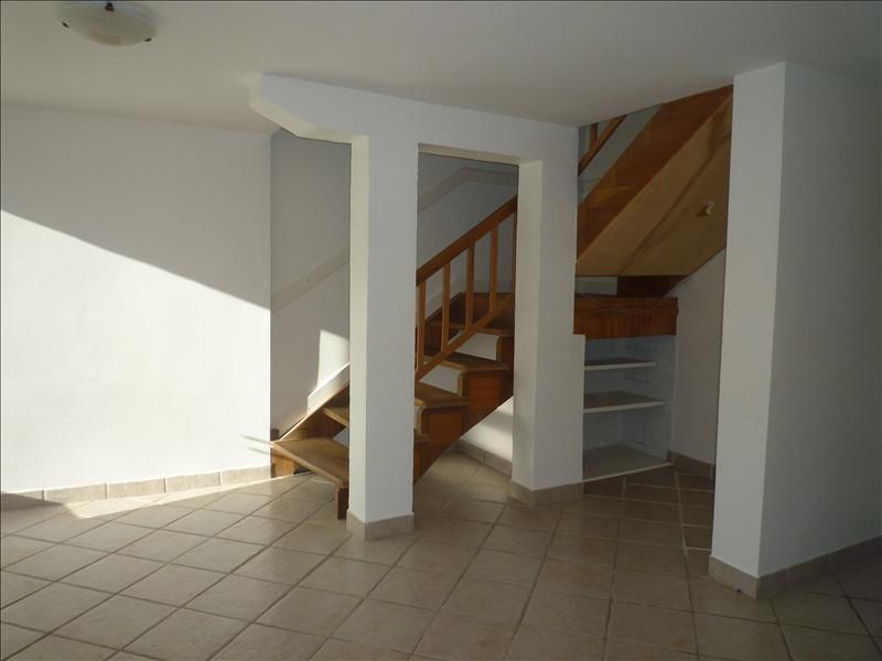 Sale house / villa Ceyzerieu 210000€ - Picture 4