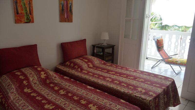Sale apartment St francois 340000€ - Picture 6
