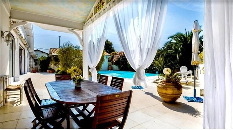 Deluxe sale house / villa St pee sur nivelle 630000€ - Picture 1