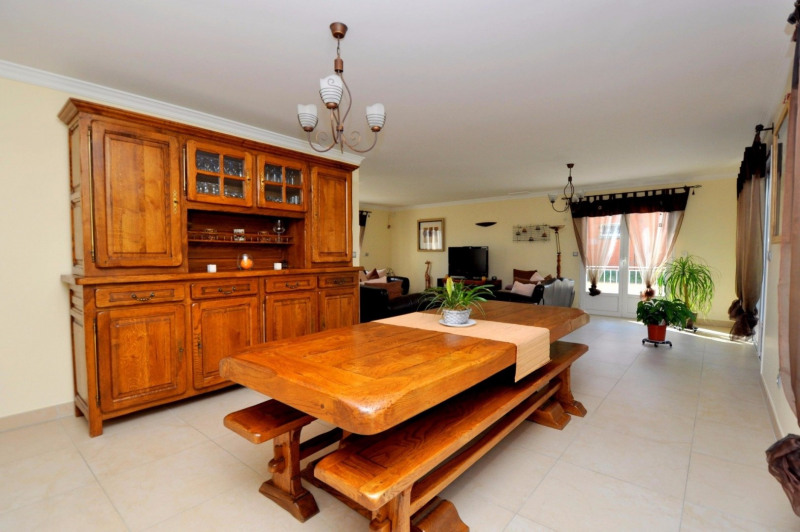 Sale house / villa Pecqueuse 635000€ - Picture 4