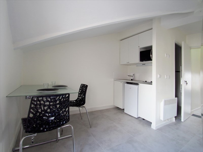 Location appartement Clamart 735€ CC - Photo 1
