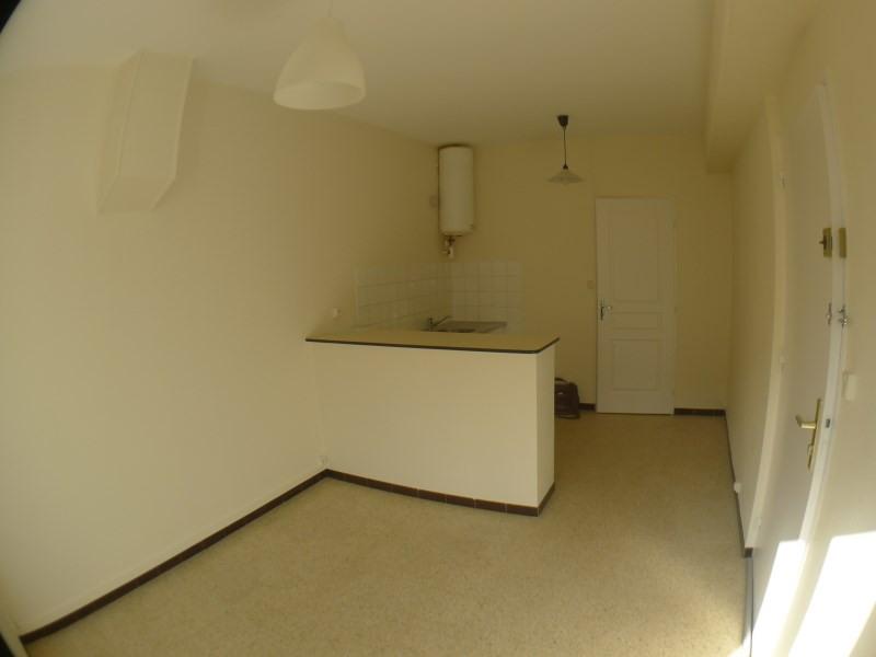 Verhuren  appartement Saint genis laval 276€ CC - Foto 2