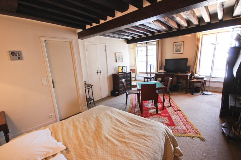 Vente de prestige appartement Paris 4ème 460000€ - Photo 7