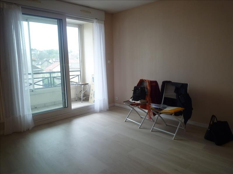Sale apartment Villemomble 115 000€ - Picture 2