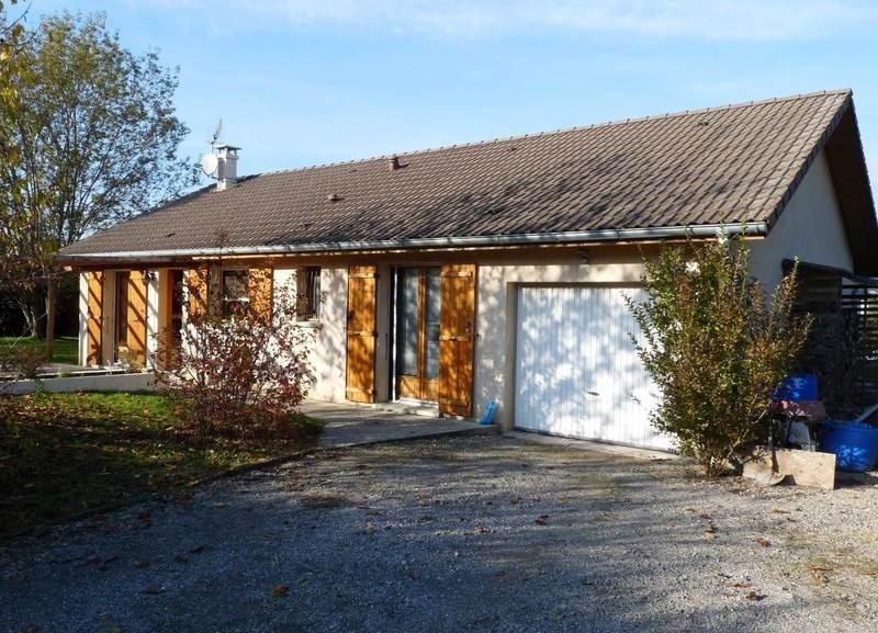 Sale house / villa Saint-pierre-en-faucigny 367000€ - Picture 1