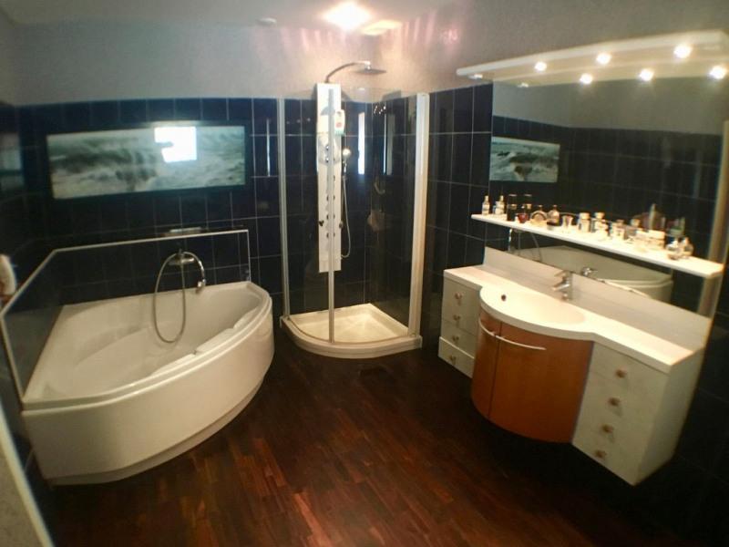 Sale house / villa Breuillet 520800€ - Picture 8