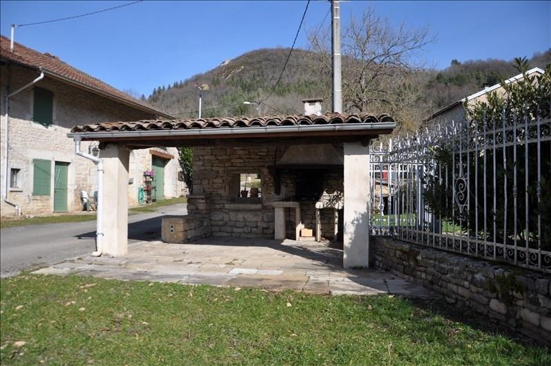 Sale house / villa 5 mn thoirette 169000€ - Picture 2