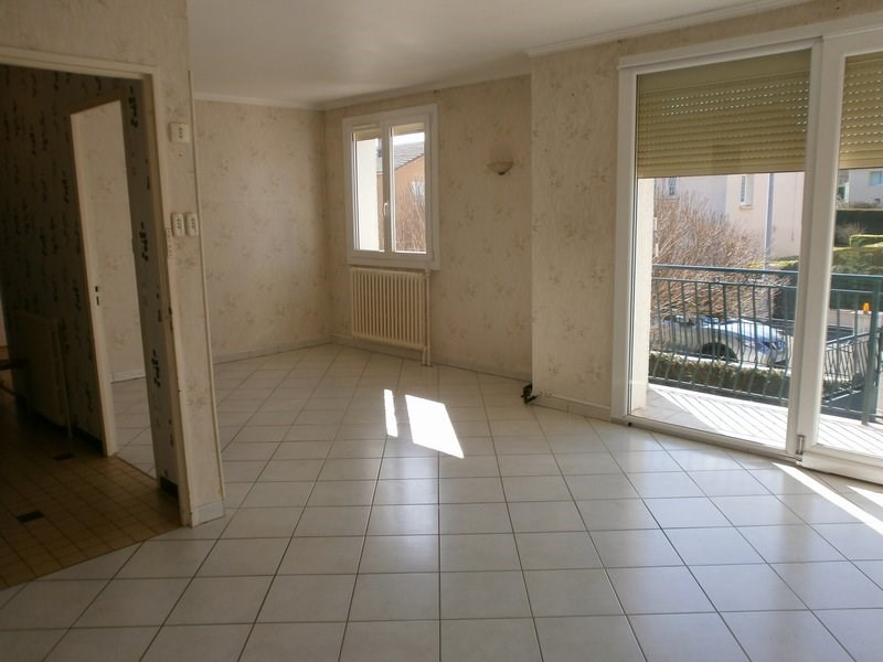 Vente maison / villa St quentin fallavier 240000€ - Photo 3