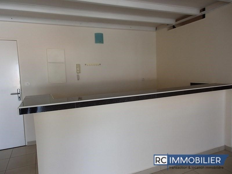 Rental apartment Cambuston 616€ +CH - Picture 4