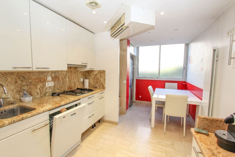 Rental apartment Antibes 3 300€cc - Picture 4