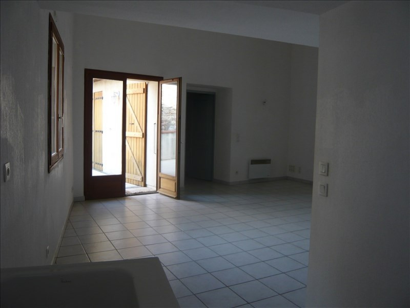 Rental apartment Theza 670€ CC - Picture 1