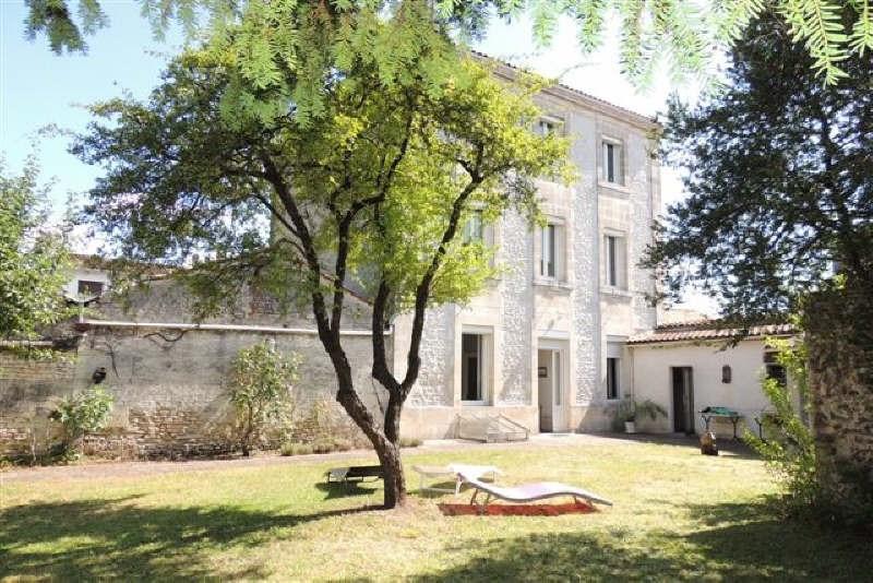 Sale house / villa Cognac 390000€ - Picture 1
