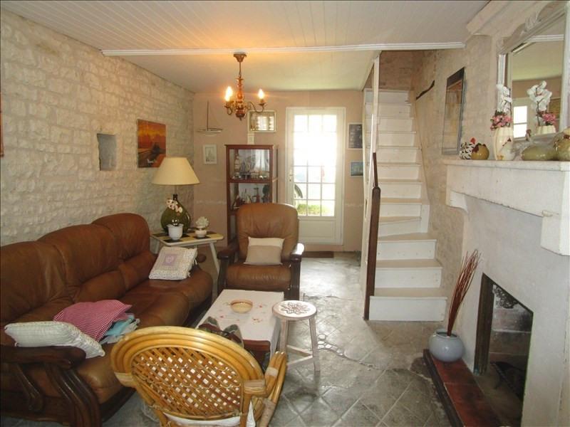 Sale house / villa Matha 64800€ - Picture 2