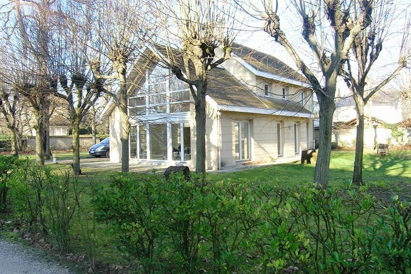 Location maison / villa Le vésinet 3600€ +CH - Photo 1
