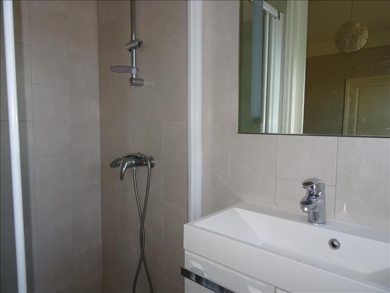 Rental apartment Perreux 320€ CC - Picture 4