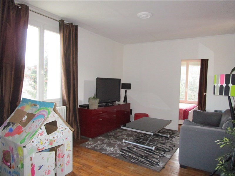 Sale apartment Versailles 300 000€ - Picture 1