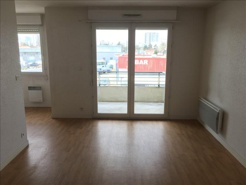 Rental apartment Poitiers 472€ CC - Picture 1