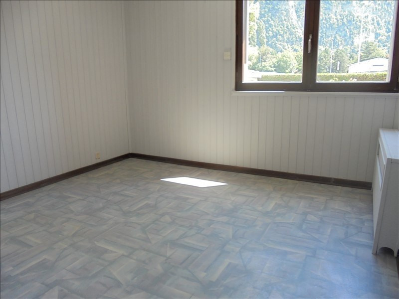 Location appartement Cluses 790€ CC - Photo 3