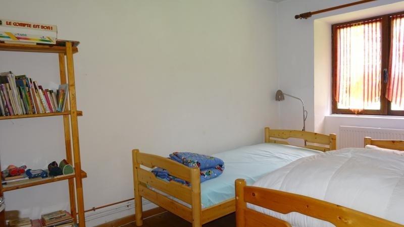 Sale house / villa Poligny 225800€ - Picture 4