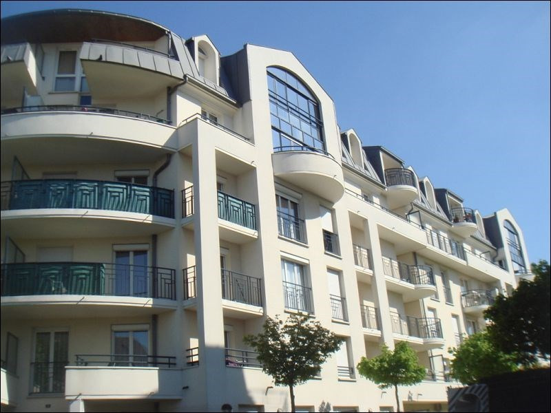 Rental apartment Viry chatillon 885€ CC - Picture 1