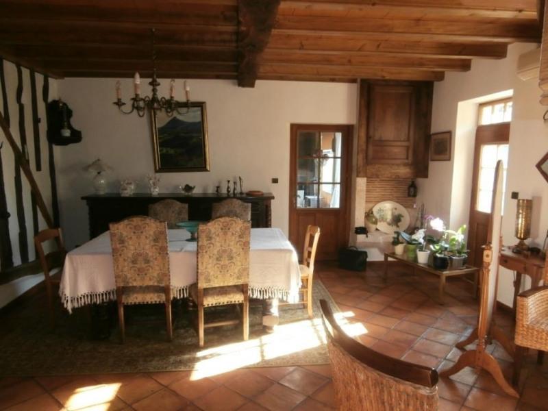 Sale house / villa Ginestet 217750€ - Picture 5