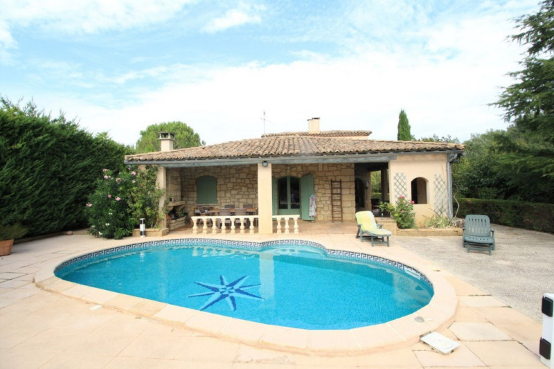 Vente maison / villa Montfrin 337000€ - Photo 1