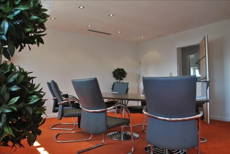 Sale office Roanne 380 000€ - Picture 1