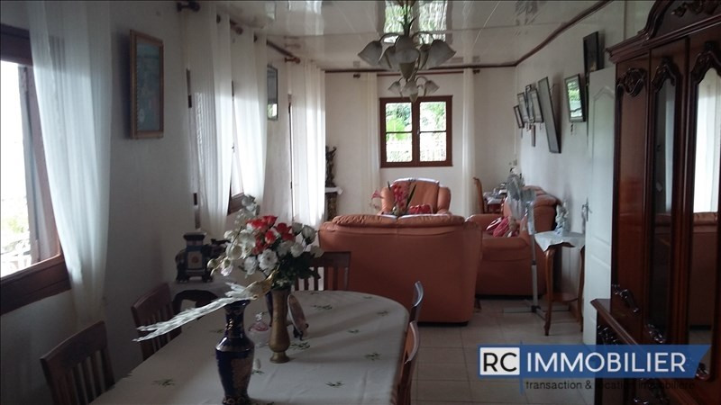 Sale house / villa Sainte-suzanne 250 000€ - Picture 2