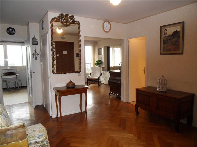 Sale apartment Ste foy les lyon 322000€ - Picture 1