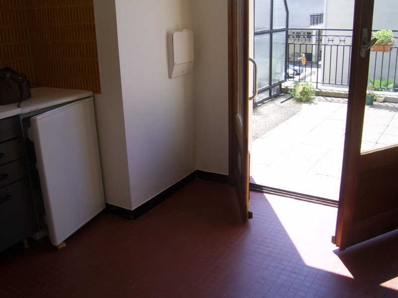 Location appartement Nimes revolution 440€ CC - Photo 5