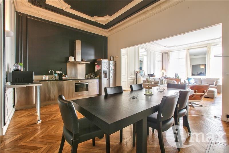 Deluxe sale apartment Paris 8ème 2080000€ - Picture 3