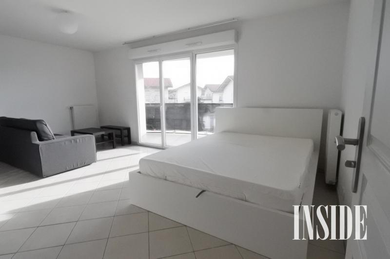 Locação apartamento Prevessin moens 895€ CC - Fotografia 2