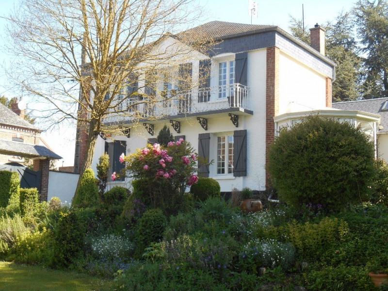 Sale house / villa Bacouel 330000€ - Picture 1