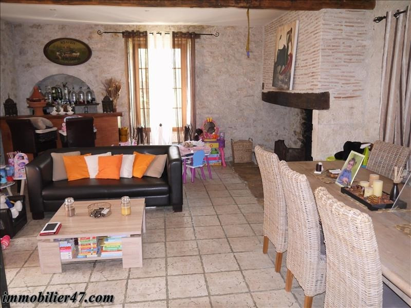 Sale house / villa Foulayronnes 265000€ - Picture 4