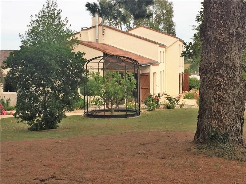 Sale house / villa Vallet 382900€ - Picture 1