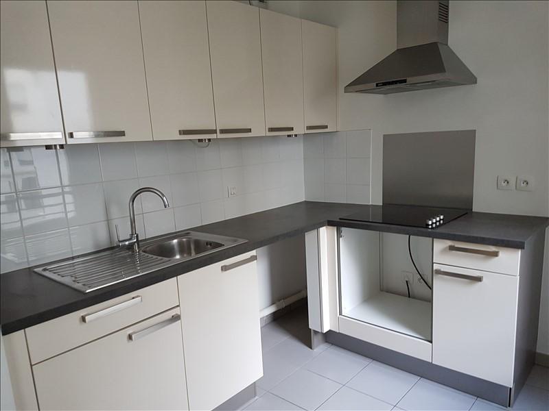 Rental apartment Suresnes 3008€ CC - Picture 6