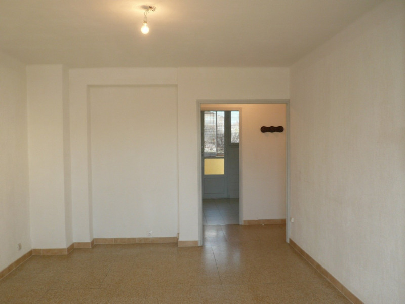 Location appartement Six fours les plages 819€ CC - Photo 5