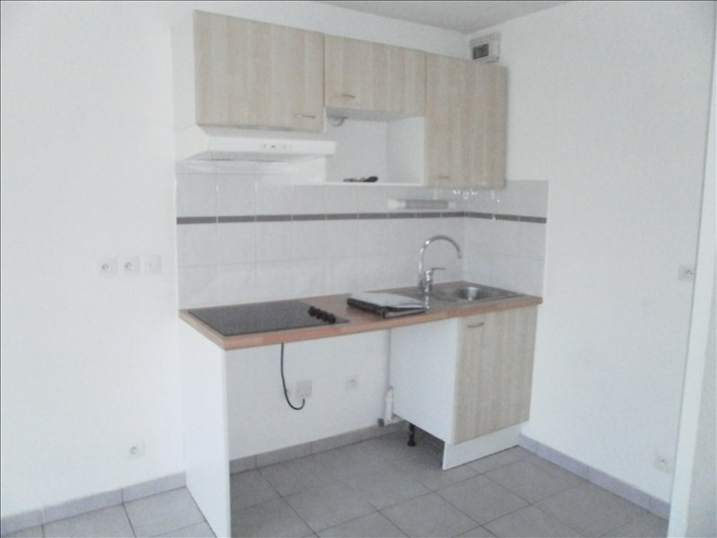 Rental apartment Jurancon 566€ CC - Picture 2