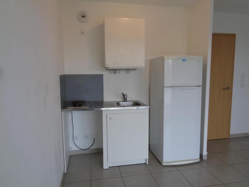 Location appartement Meyzieu 674€ CC - Photo 4