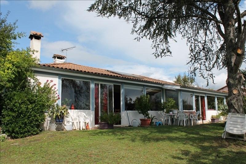 Sale house / villa Langon 254000€ - Picture 1
