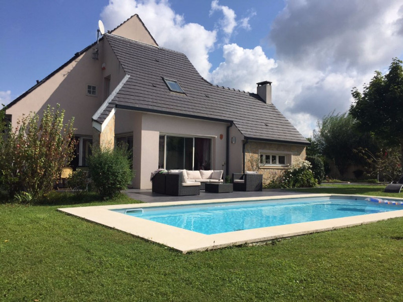 Sale house / villa Marcoussis 695 000€ - Picture 1