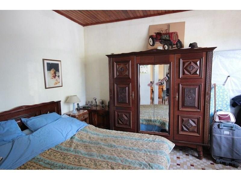 Sale house / villa St jeures 210000€ - Picture 5