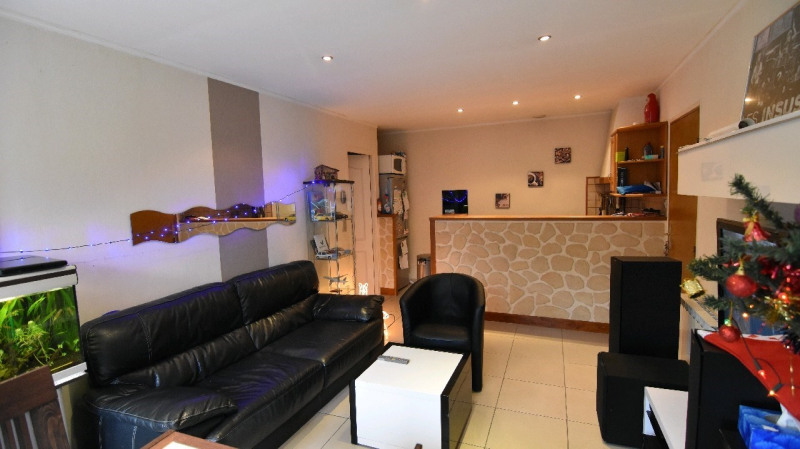 Sale apartment Chambly 155000€ - Picture 1