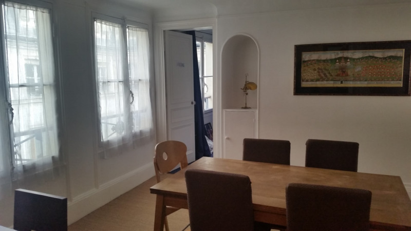 Location appartement Paris 9ème 2 641€ CC - Photo 5