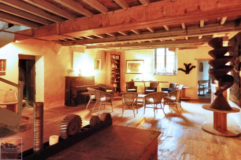 Deluxe sale house / villa Guereins 680000€ - Picture 9