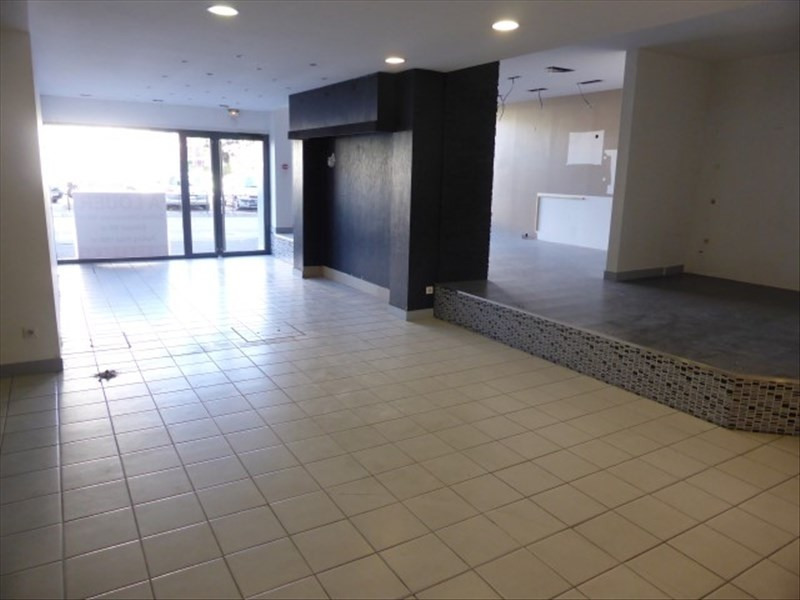 Location local commercial Auxerre 5 000€ HT/HC - Photo 4