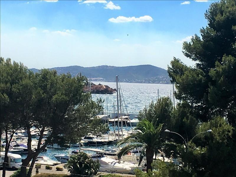 Vacation rental apartment St raphael 525€ - Picture 10