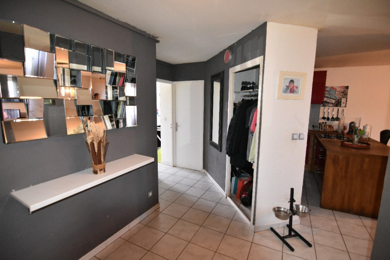 Sale apartment Chambly 166 500€ - Picture 2